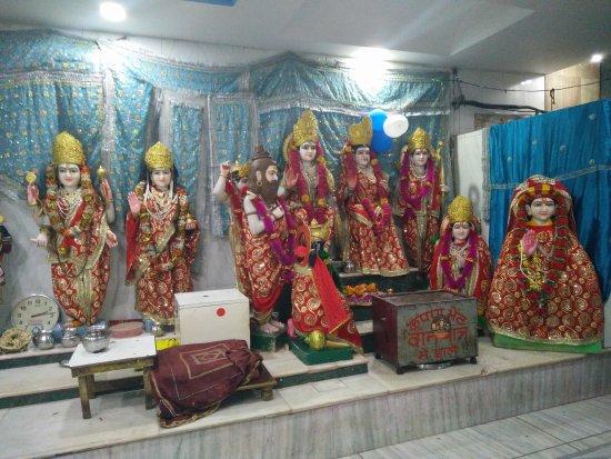 Mandir Mata Lal Devi: Mata Lal Devi Mandir