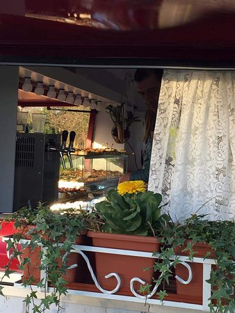 """Abano Terme, İtalya: Un """"bacaro"""" su ruote. Unico nel suo genere. Spunciotti veneti e spriz. Da provare!"""