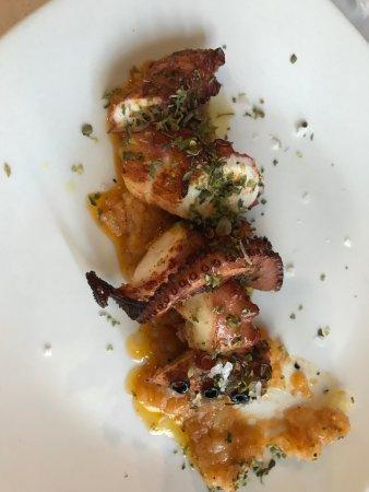 Алькала-дель-Валье, Испания: Pulpo asado, sin duda el mejor plato.