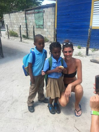 Bayahíbe, República Dominicana: Children in Saona Manojuan