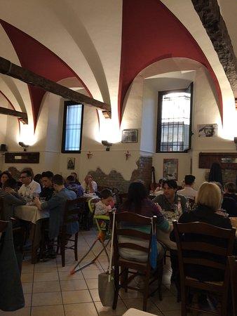 Ferno, Italia: Interno del locale.