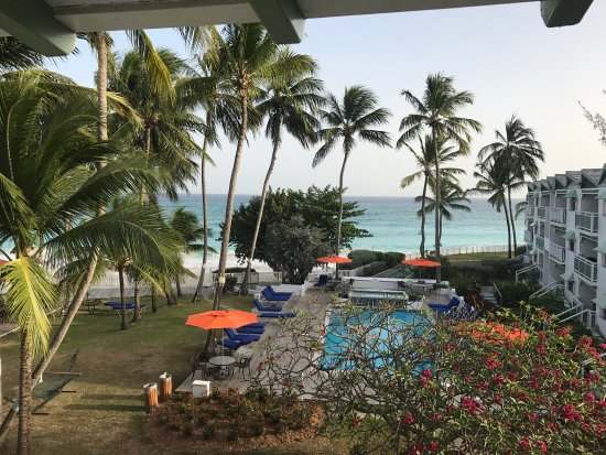 Bougainvillea Beach Resort: Lovely settings around the hotel