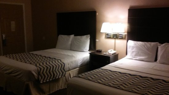 Ozona, Teksas: Remodeled non smoking 2 queen beds