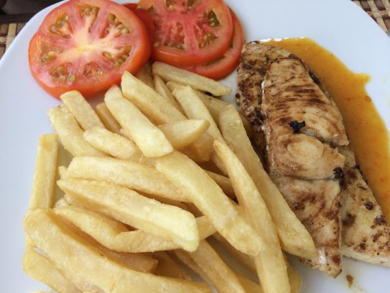 Holetown, Barbados: Lunch is served fresh
