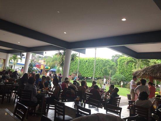 Temixco, Mexico: Excelente lugar, servicio rapido, comida muy buen sabor y de gran porción...