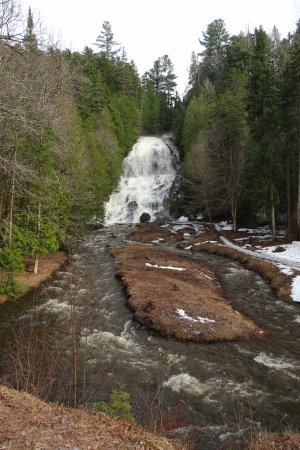 Colebrook, NH: Waterfalls from the edge of the brook