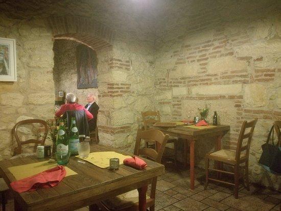 img_20170415_220044_large.jpg - picture of alma mora caffe e ... - E Cucina Verona