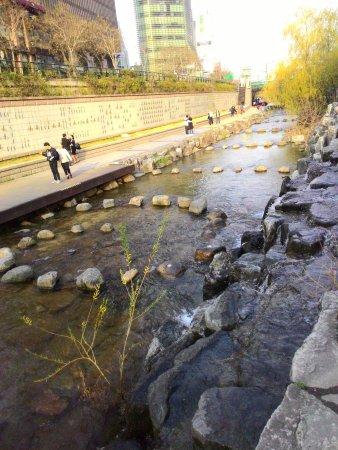 Photo of River 청계천 (Cheonggyecheon) at 중구 청계천로, 서울특별시 133-739, South Korea