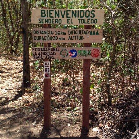Chira Island, Costa Rica: Sendero El Toledo: 1.6 km, 141 msnm, intermedio, 30 min, 2661-3261