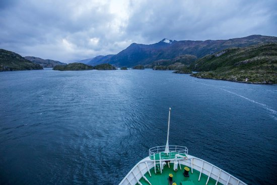 Navimag: Heading towards the most narrow part of the fjords (only 60m wide!)