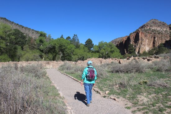 Los Alamos, NM: Beginning the Loop Trail