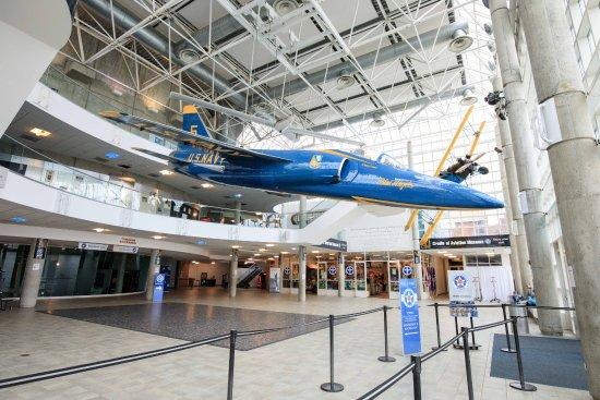 Entrance Bild Von Cradle Of Aviation Museum Garden City
