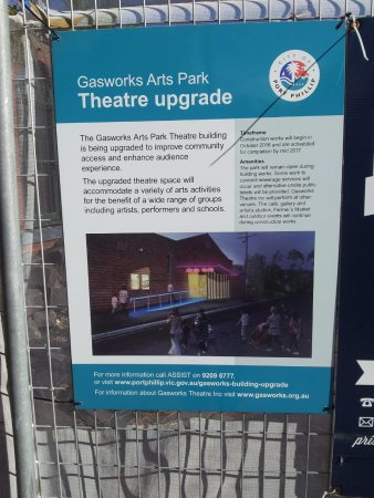 Albert Park, Australia: Theatre upgrade sign
