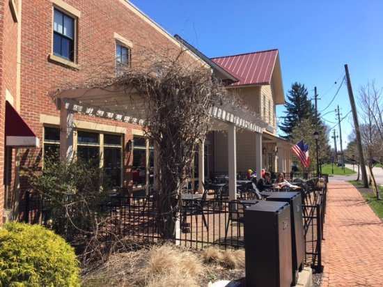 Dublin, OH: Outdoor seating