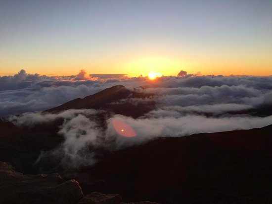 Cruiser Phil's Volcano Riders: sunrise 10,000 feet up