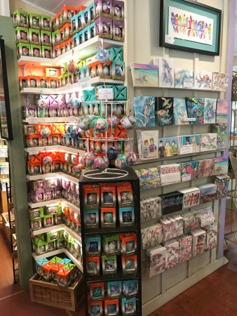 Makawao, Hawái: More individual and packaged watercolor cards plus other items