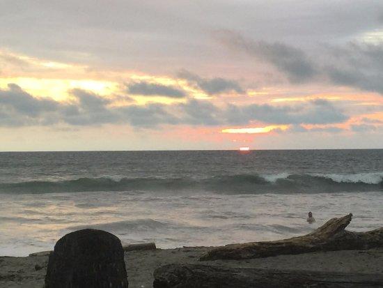 Cocosolo Lodge: sunset