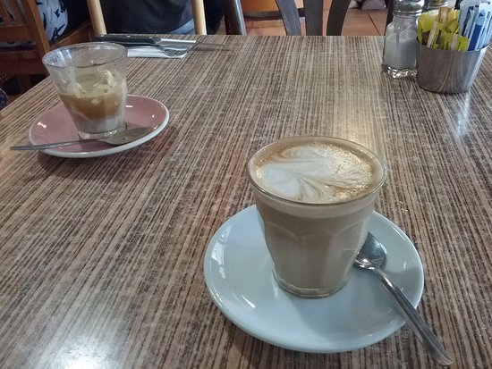 Blackheath, Australia: Affrigato and latte.
