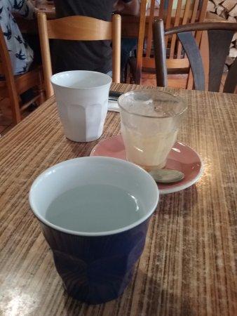 Blackheath, ออสเตรเลีย: Self serve water available.