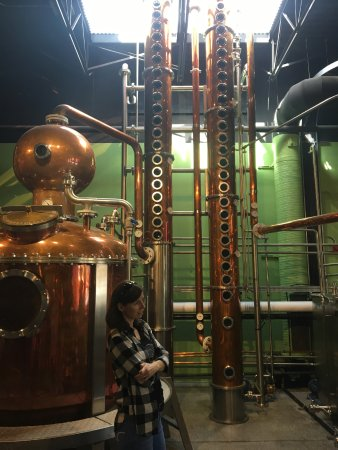 Vernon, Kanada: Distillation Columns--Super cool to see, and even better story about them--visit to find out