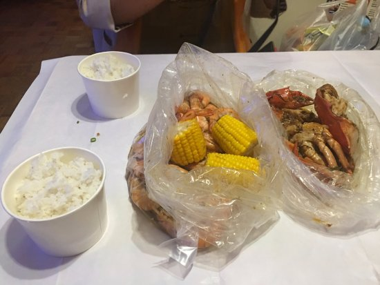 Blue Post Boiling Crabs and Shrimps: Crabs in lemon butter garlic sauce and Shrimps in Sambal.