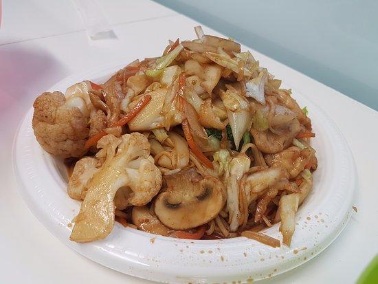 Te Anau Dairy: Nice fried noodle