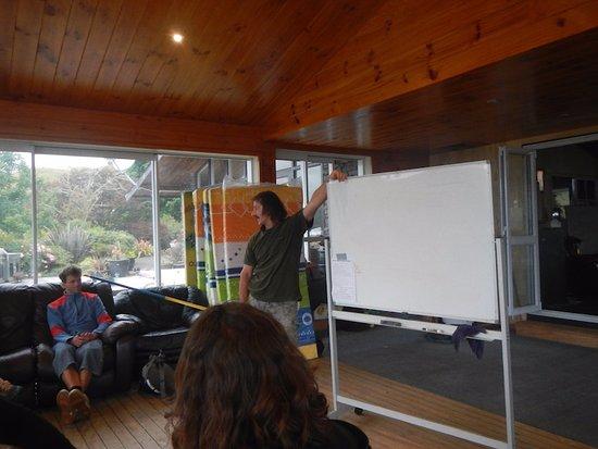 Taumarunui, New Zealand: ブリーフィングは、ちょっと長い。
