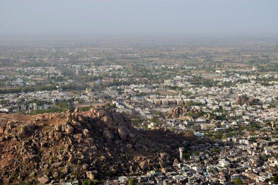 view from roothi rani ka mahal idargarh