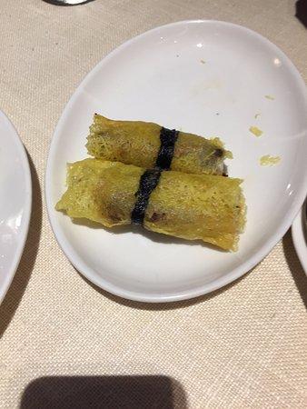 Wagyu Beef Roll with Mango