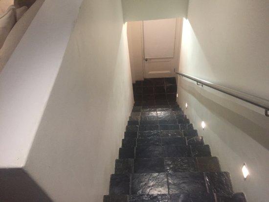 More Quarters Hotel: photo3.jpg