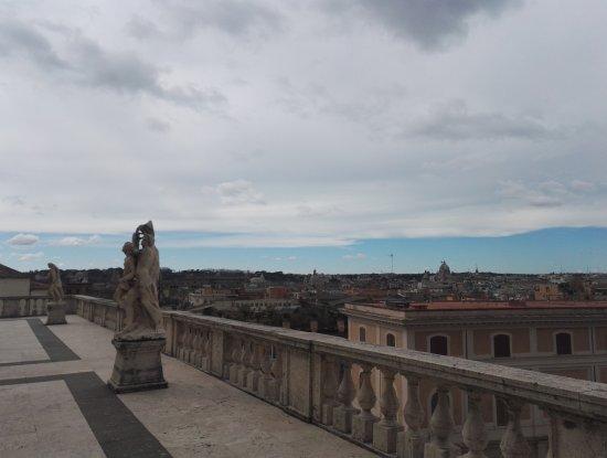 Panorama da una delle terrazze del Quirinale. - Foto di Palazzo del ...