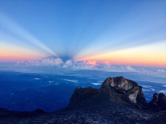 Amazing Borneo Tours: photo0.jpg