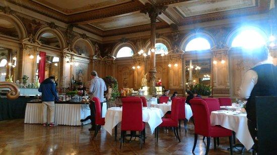 Victoria Jungfrau Grand Hotel & Spa Resmi