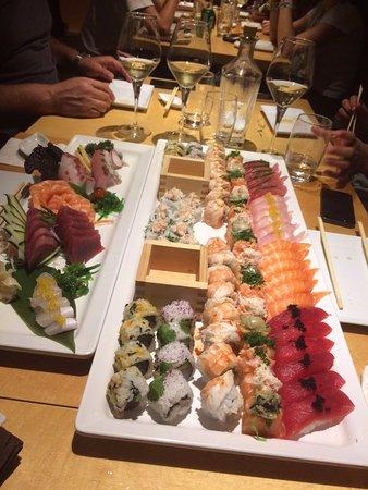 Sushi Pearl: 120 units menu for 6 pax. 5*****