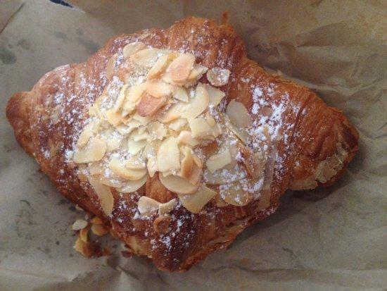 Milton, Australia: Almond croissant