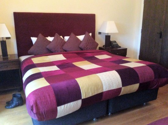 Kidmore End, UK: Lovely comfy bed