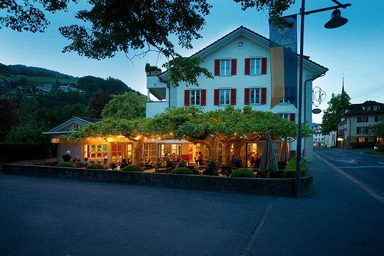 Sarnen, Switzerland: Gartenwirtschaft