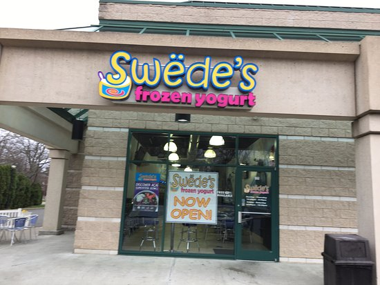 Livingston, Nueva Jersey: Swede's Frozen Yogurt - entrance