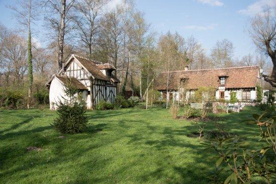 Souesmes, França: Le Moulin d'en Bas - La maison