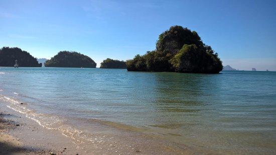 J2B Beach Bungalows: sea