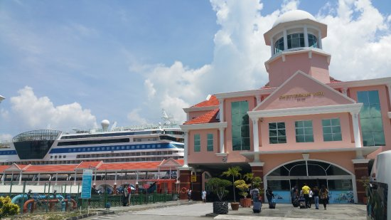 Photo of Boat or Ferry Swettenham Pier Cruise Terminal at No. 1a, King Edward Place, George Town, Malaysia