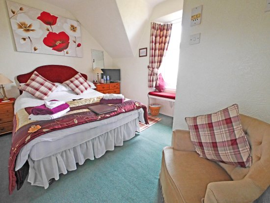 Viewbank Guest House: Double room with en-suite facilities and superb sea views!