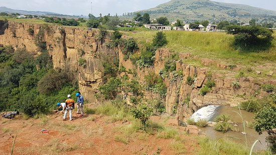 Waterval Boven, Sudafrica: waterfall and surroundings
