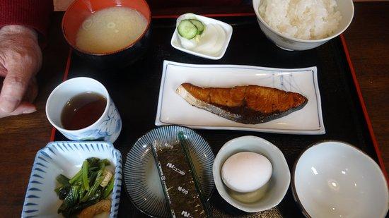 U-inn Ueda: 朝食(和食)