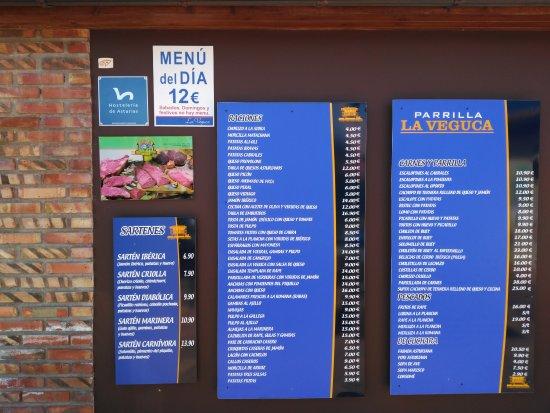 San Roque del Acebal, Spain: Carteles del restaurante carta y precios