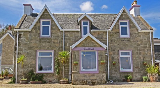Whiting Bay, UK: Viewbank is a former Victorian farmhouse that has been tastefully converted and updated.