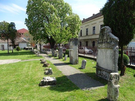Pozarevac, Serbia: Courtyard