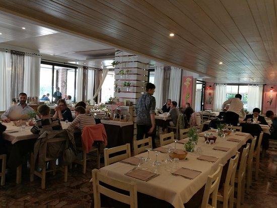 Sala All Interno Picture Of Terrazza Grill Eraclea Mare