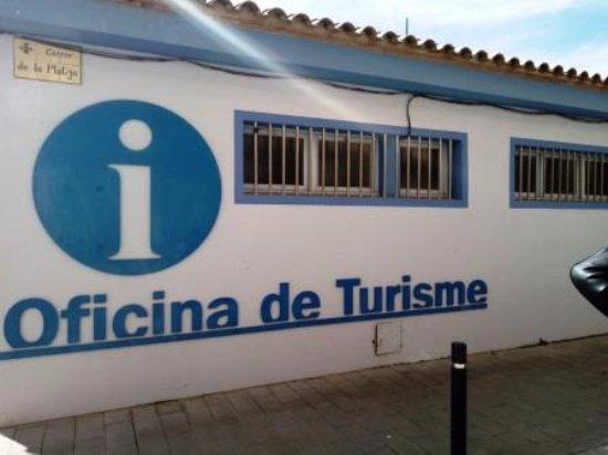 Oficina de turisme l 39 estartit spanyolorsz g rt kel sek for Oficina de turisme girona