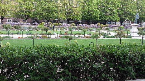 20170404 103145 picture of jardin de ville grenoble tripadvisor - Creche jardin de ville grenoble ...